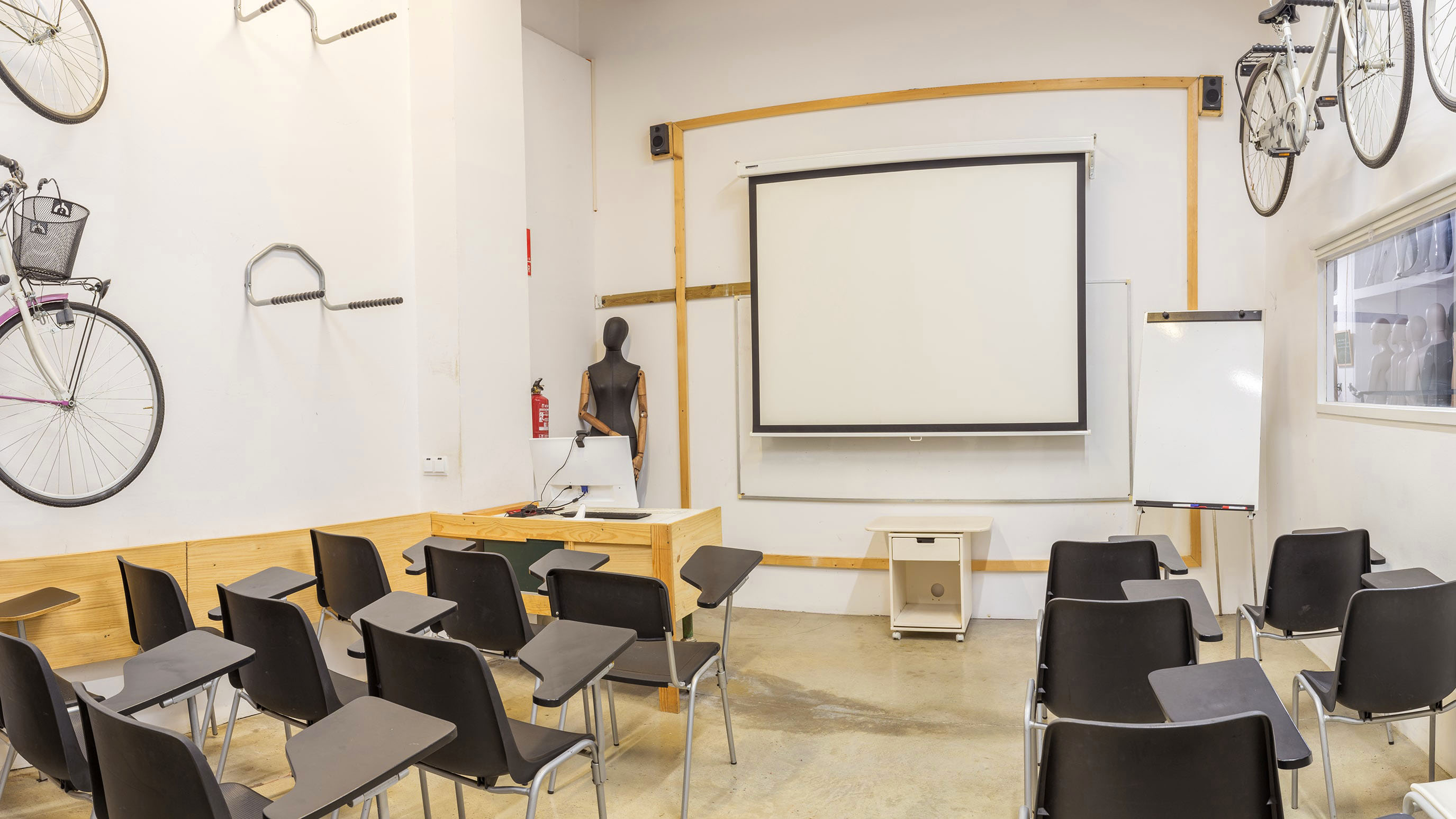 Aula teórica 2 para 35 asistentes